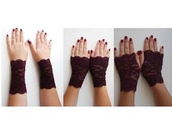 Burgundy red lace gloves fingerless, Ruby red short lace gloves, Maroon Short gothic gloves, red wine vampire gloves