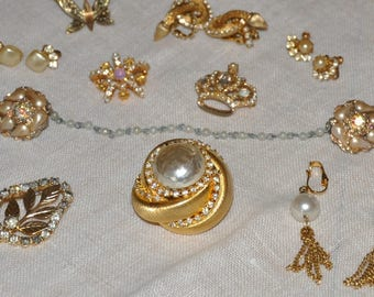 Dressy Lot of Vintage Costume Jewelery