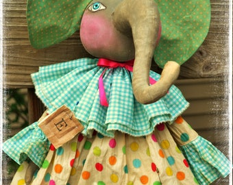Primitive Folk Art  Vintage Style Shabby Chic Elephant Cloth Circus/carnival Doll