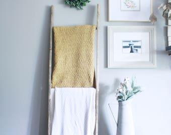 Wooden Blanket Ladder
