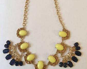 Gold Statement Necklace, Large Bib Necklace, Large Crystal Necklace, 1980's Necklace, Large Chunky Necklace, Formal Necklace, Prom Necklace