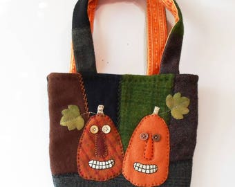 Hand Made Halloween Primitive Felted Wool & Cotton Jack O'Lantern Treats Bag
