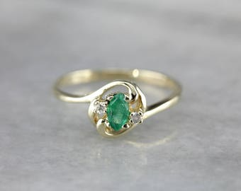 Lovely Emerald and Diamond Green Gold Ring 8H92TN-P