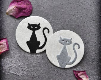 Cat and Moon Pendant / Brooch in Black or Silver, Handmade Faux Leather Cat Lover Two-way Jewelry with a Gothic Touch