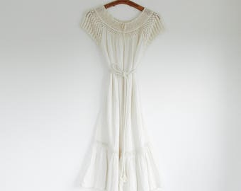Off white Indian cotton gauze crinkled crochet dress //Grecian goddess dress. // Fits a size x-small - Small - Medium