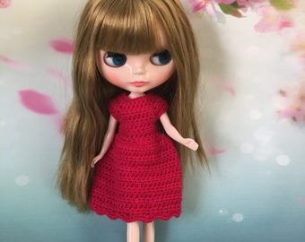 Red dress to fit Blythe Neo Dolls. Handmade, crocheted