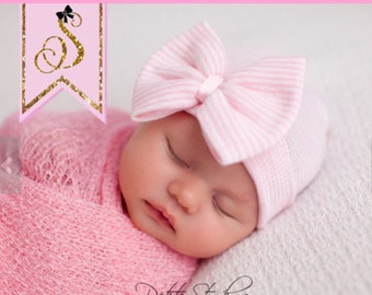 Hospital Newborn hat Newborn baby girl beanie with bow pink Newborn Hat newborn Coming home outift Baby Girl Hospital Hat Newborn Girl Hat