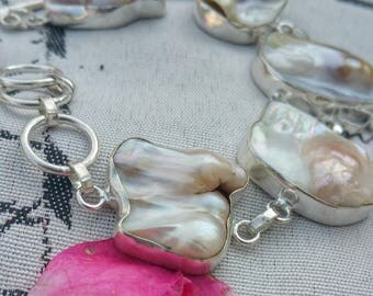 Adjustable bracelet BIWA pearls on large cabochons in 925 silver plated