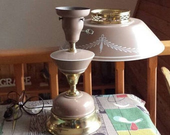 Tall Vintage Tole 3-WayTable Lamp Beige with Floral Garland Design 1950s  D817