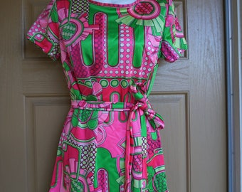 Vintage 1960s or 70s dress small 60s retro mod twiggy ultra short