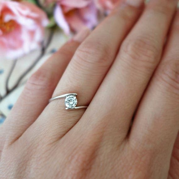simple wedding ring swirl promise ring minimalist ring 1 2 ct solitaire ring 7520