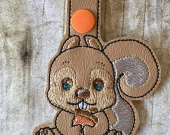 Squirrel - In The Hoop - Snap/Rivet Key Fob - DIGITAL EMBROIDERY Design