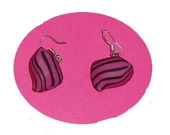 Berlingot fuchsia/black striped polymer clay earrings