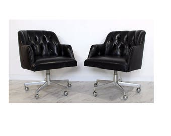 Mid Century Modern Pair Shelby Williams Rolling Black Lounge or Office Chairs