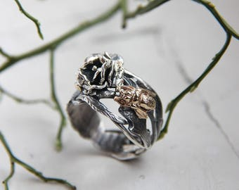 Bee ring, rose ring, silver and gold ring, bee flower ring, insect ring, unique ring, sterling silver ring, rose ring, flower ring