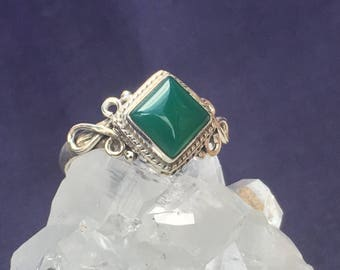 Hamdmade Green Onyx 92.5 Silver Ring US size 4 3/4  9mm x 9mm