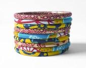 Bracelets en tissu wax, lot de 9 joncs en wax imprimé Africain assortis, bijoux ethnique, bracelet fin ankara, tons assortis bordeaux, doré