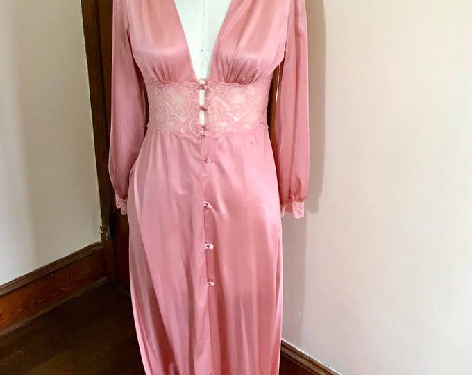 Featured listing image: 70s Pink Dressing Gown with Lace Trim, by Maidenform Dreamwear, Size 8