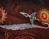 Feather Bookmark - Winged Dagger - Medieval - Fantasy - Silver - Red Ruby - Myths and Legends - Knight - Reader - Game of Thones - Books