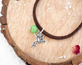 Frog Vegan Bracelet • Silver charm jewellery, gift, toad, nature, pond, green, brown, wildlife, Valentines, jewelry, girlfriend wife present