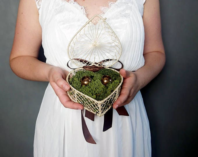Woodland wedding rings box with natural moss and larch cones