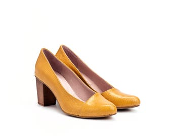 Yellow High Heels Leather Shoes / Women Pumps / Evening Wooden Heel Shoes / Office Shoes / Elegant Sexy Shoes / Snake Skin Shoes - Rose