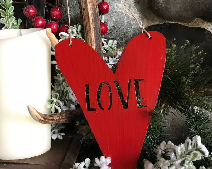 LOVE Heart Sign, Metal Heart, Metal LOVE sign, Rustic Home decor, Valentines Day Decor, Heart Decor, Rustic Hearts, Rustic Wedding Gift