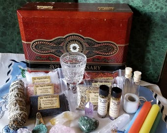 Witches Altar Kit, Witchcraft Kit, Traveling Altar, Beginner Witch Kit, Wicca Altar Kit, Crystals, Witch, Wicca, Apothecary, Witchcraft