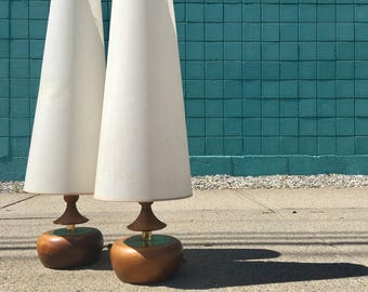Modeline Lamp Co. | Pair of Mid Century Table Lamps | Pearsall