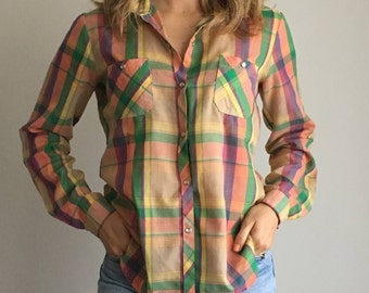 70s Vintage Paper Thin Plaid Snap Front Long Sleeve Shirt S/M