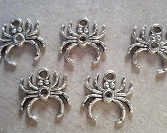 Spider pendant charm animal insect spider, party, halloween, silver - 17 x 17 mm