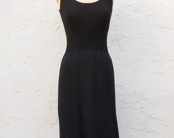 Vintage 1970s St. John Knit Dress