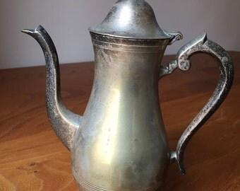 Tea/Vintage tea pot.