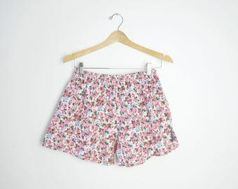 90s Cotton Floral Boxer Shorts / Size Medium