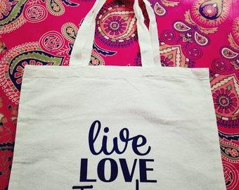 Tote - Live Love Teach