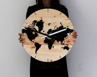 Black World clock D. 45 cm hand made with pallet wood