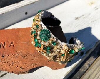 Gold & Emerald Bracelet