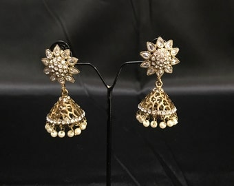 Antique Gold Kundan Jhumka - Indian Earrings - Indian Jewelry - Jhumki Earrings - Kundan Jewelry - Indian Wedding - Indian Bridal - Desi -