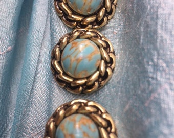 10 turquoise buttons