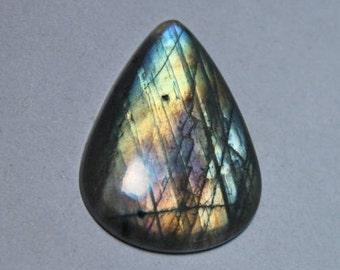 Labradorite cabochon 34Cts.[33 x 25]mm #429