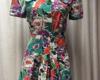 Fabulous Forties Playsuit in a gorgeous Vibrant ' Jungle ' Print ..RARE ..UK Size 10 1940's 40's