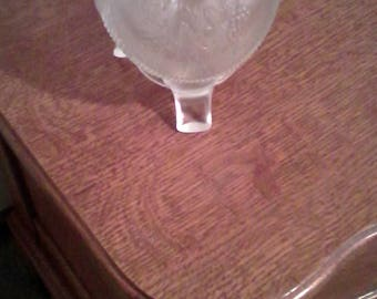 "Fenton Fine Cut and Grape Vintage Art Glass crimped 4""+ Rose Bowl with Fenton logo."