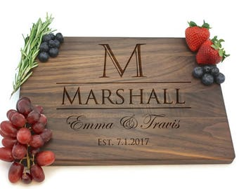 Personalized Cutting Board, Wedding Gift, Custom Cheese Board, Bridal Shower Gift, Gift for Couple, Chopping Board, Realtor Gift, PTCB008