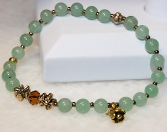 Beautiful Genuine Green Aventurine Gemstone Ladies Stretchy Bracelet with a flower charm