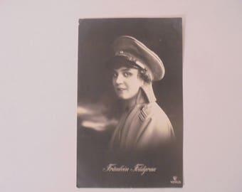 Vintage German Postcard - Fraulein Feldgrau - 1915