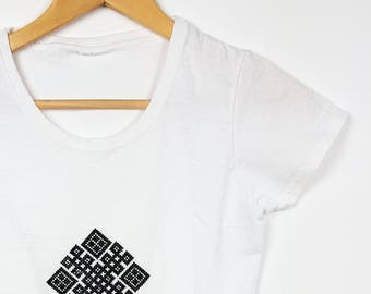 Embroidered Ethnic T-shirt Geometrical Pattern
