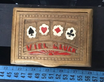 playing cards: vintage wooden box