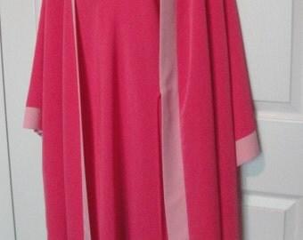 Vintage Natori Cruz pink peignoir set, Spaghetti strap gown, Wrap Robe, Sz Large, Removable belt, Knee length, Made in Philippines