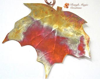 Copper Maple Leaf Wall Hanging, 7th Anniversary Gift, Present for Wife Husband Couple, Hostess Housewarming Gift, Rustic Artisan Metal Decor