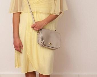 Vintage Cream Leather Purse - Vintage Off-White Leather Shoulder Bag - Vtg Beige Handbag with Removable Strap - 1980s Purse
